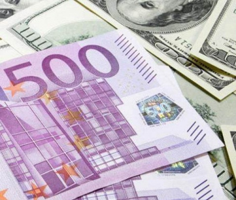 Рост валютных сделок банков