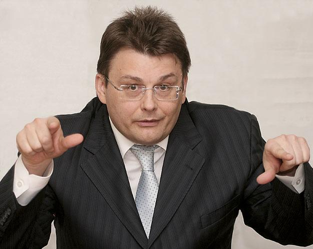 Депутат Федоров взялся за интернет-платежи
