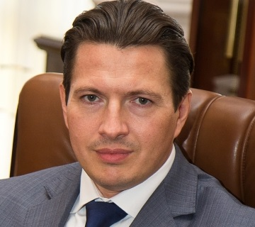 Руслан Арефьев глава РНКБ