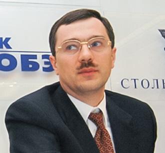 Анатолий Мотылев и его банки