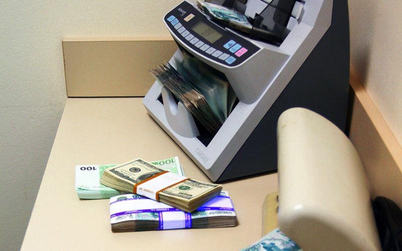 Банковские услуги для юридических и физических лиц от банка «Восточный».