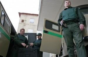 Ограбленное авто инкассаторов банка «Открытие»