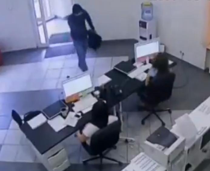 Нападение на офис МФО Челябинск